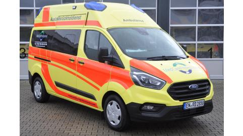 Krankentransportwagen Ford Custom NOVARIS C